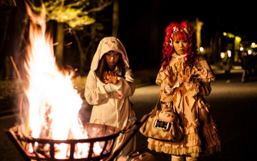 Lolita frente al fuego